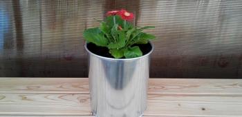 Květináč z pozinkovanéko plechu